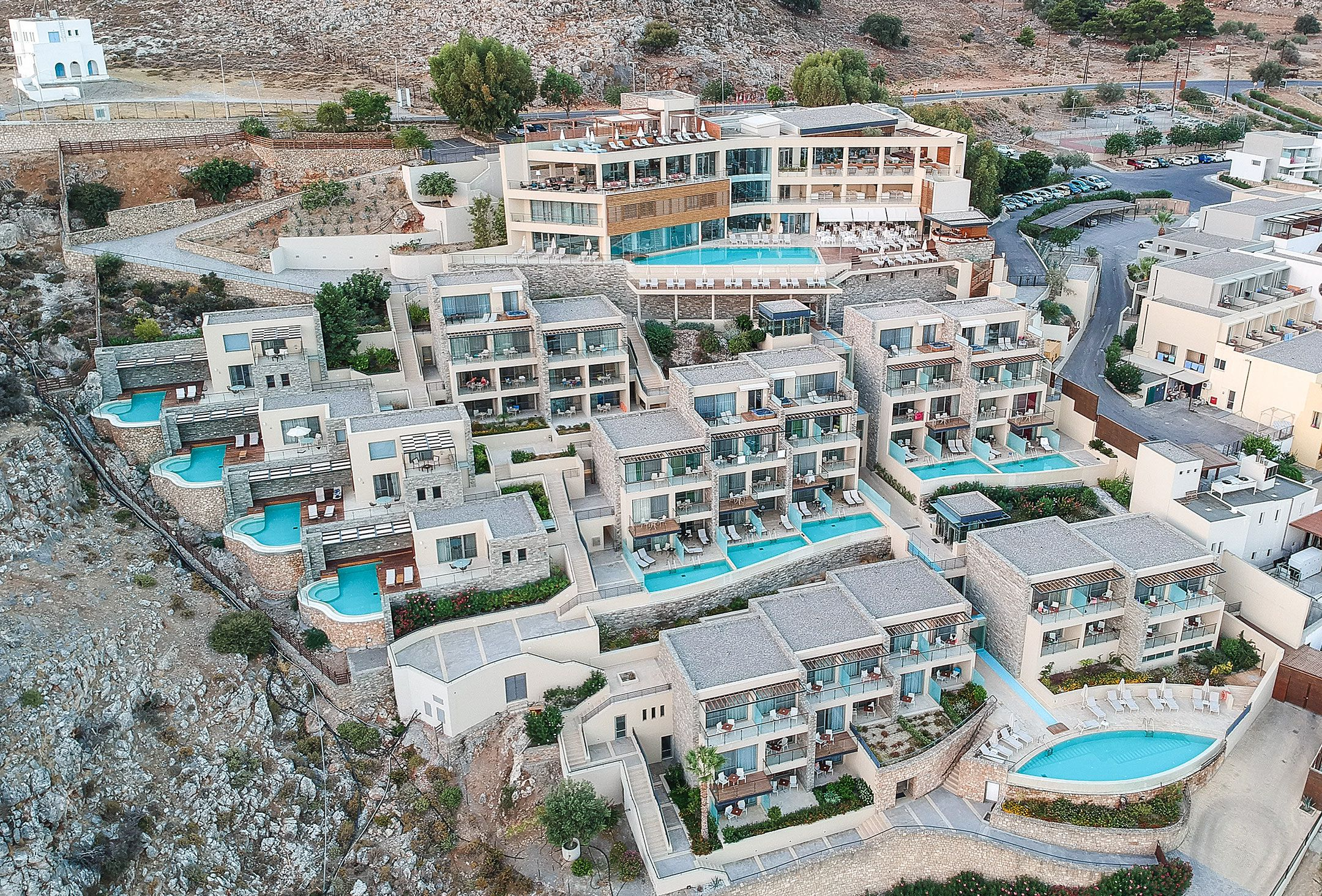 هتل هتل لیندوس بلو (Lindos Blu Luxury Hotel & Suites)