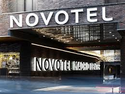 هتل Novotel Center